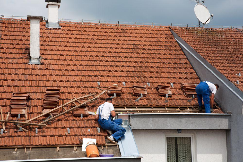 emergency-roof-repair-1